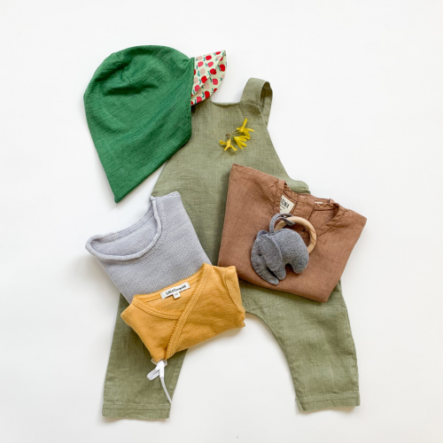 Set Babykleider Sommer aus Sonnenhut, Leinenhose, Body Merino-Wolle, Leinen-Shirt