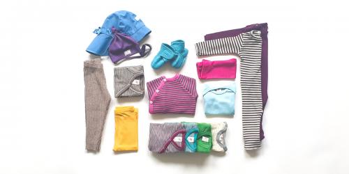 Set Babykleider für Sommer aus Bio Merino-Wolle, Seide, Leinen Miniloop Abo-Box Mini kräftigen Farben