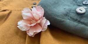 Babykleider aus Leinen sind robust und luftig