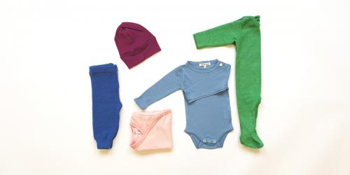 Set Babykleider für Sommer aus Bio Merino-Wolle, Seide, Leinen Miniloop Abo-Box Mini