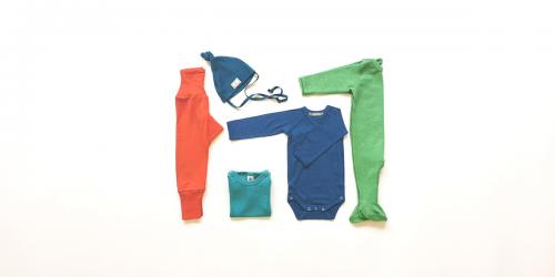 Set Babykleider für Sommer aus Bio Merino-Wolle, Seide, Leinen Miniloop Abo-Box Mini kräftige Farben