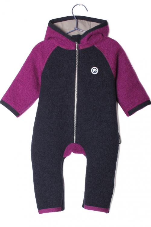 Baby Wollwalk Overall von Manitober lila schwarz Ansicht von vorn