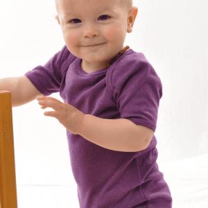 Baby mit Bio Wolle Seide Strampler